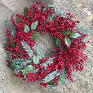 Christmas Red Berry Wreath 55cm with foliage FREE P&P